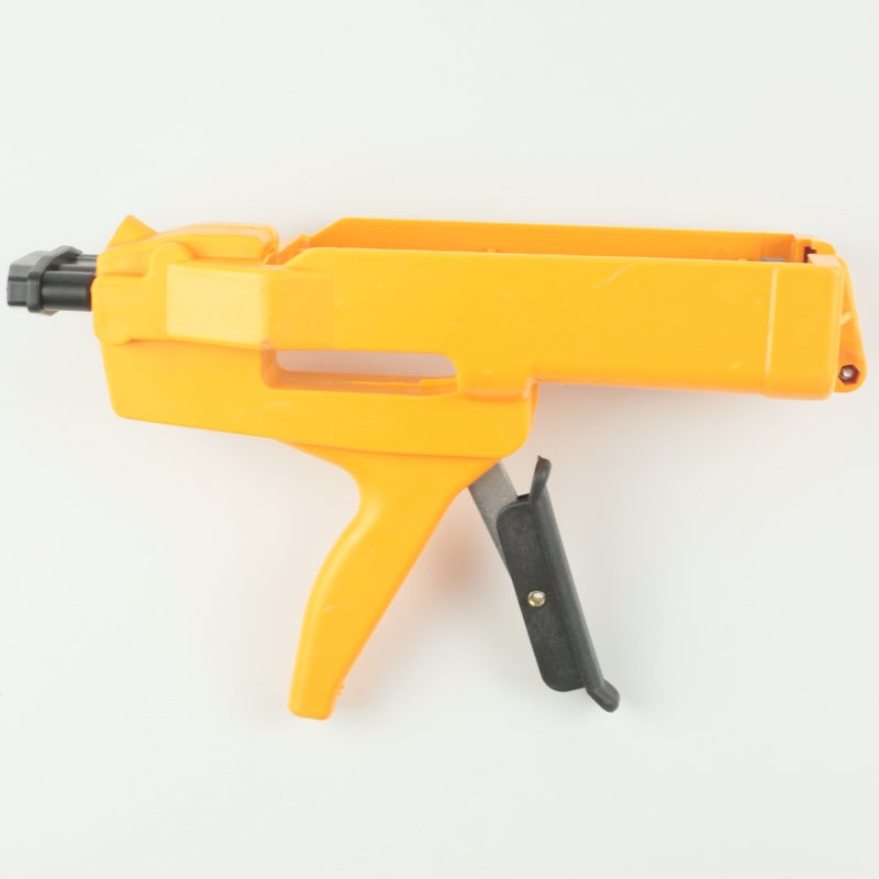 美缝胶枪施工的助力胶枪使用方法